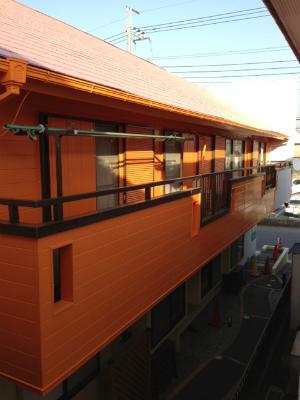 外壁と屋根完成2 (2)s.jpg
