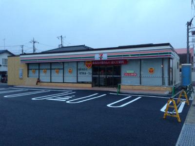 開店6日前7-11_2013MAR16開店 (2)s.jpg